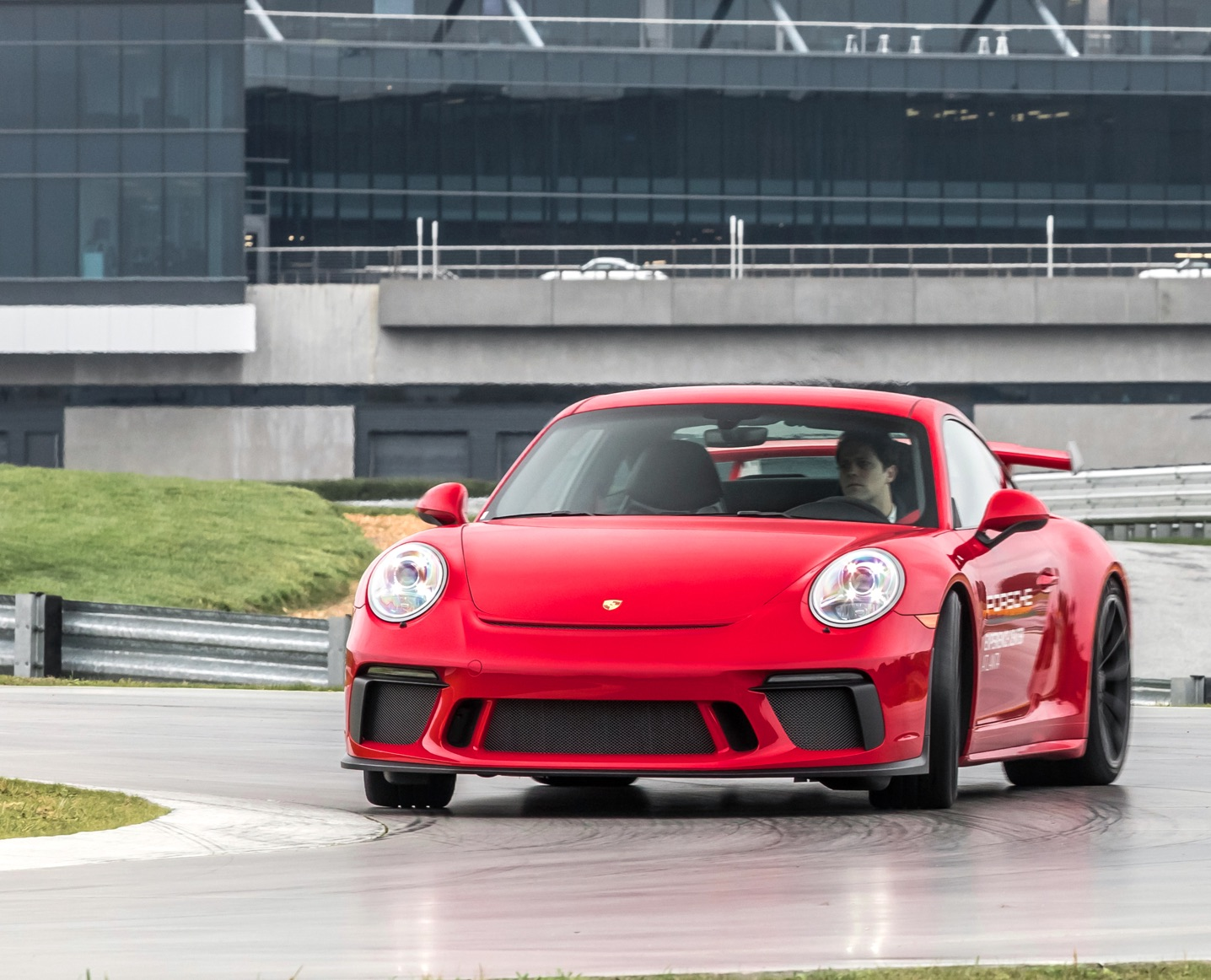 Red 911 GT3