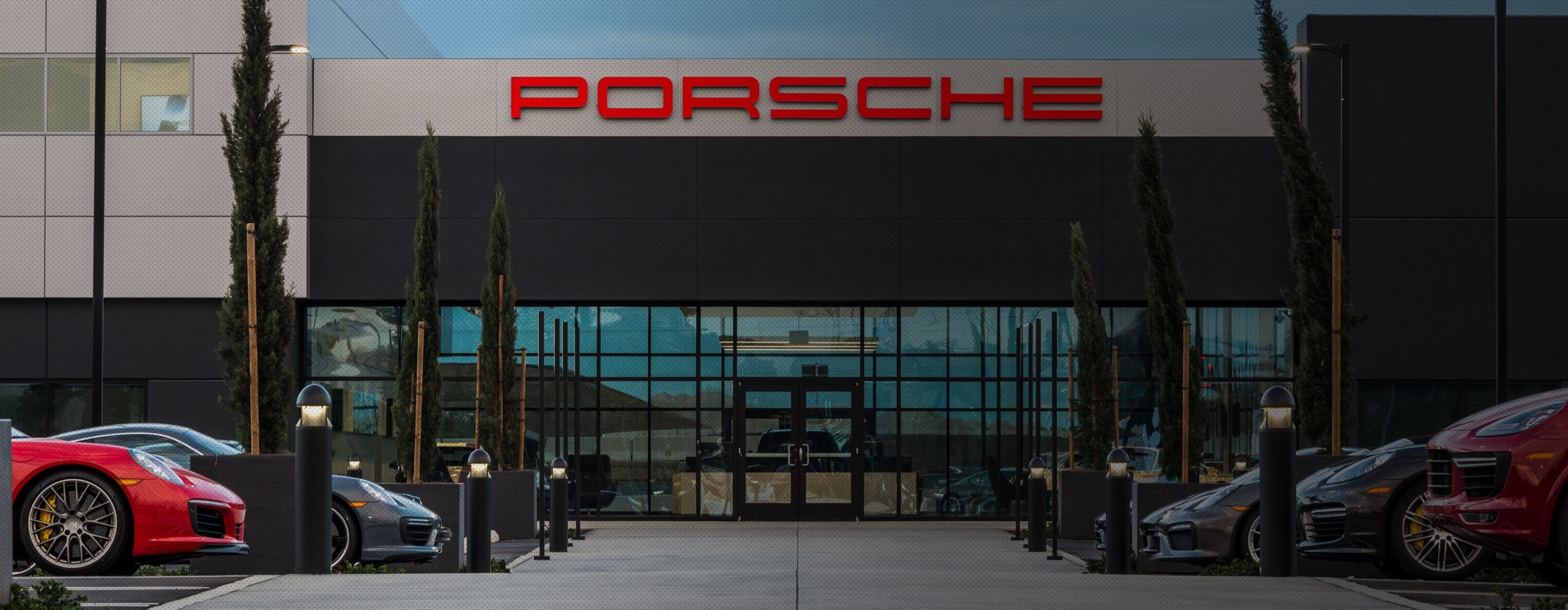 Porsche Experience Center Los Angeles Facilities and Venue New Vehicle desktop